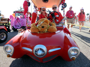 Customized Studebaker golf cart in line for Sun City Center Holiday Golf Cart Parade 2013