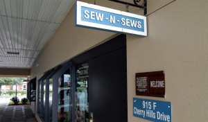 SEW and SEWS Club at ARTS and CRAFTS Building at SUN CITY CENTER COMMUNITY ASSOCIATION 915 Cherry Hills Drive