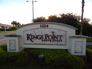 South Club Kings Point entrance sign [staff photo]