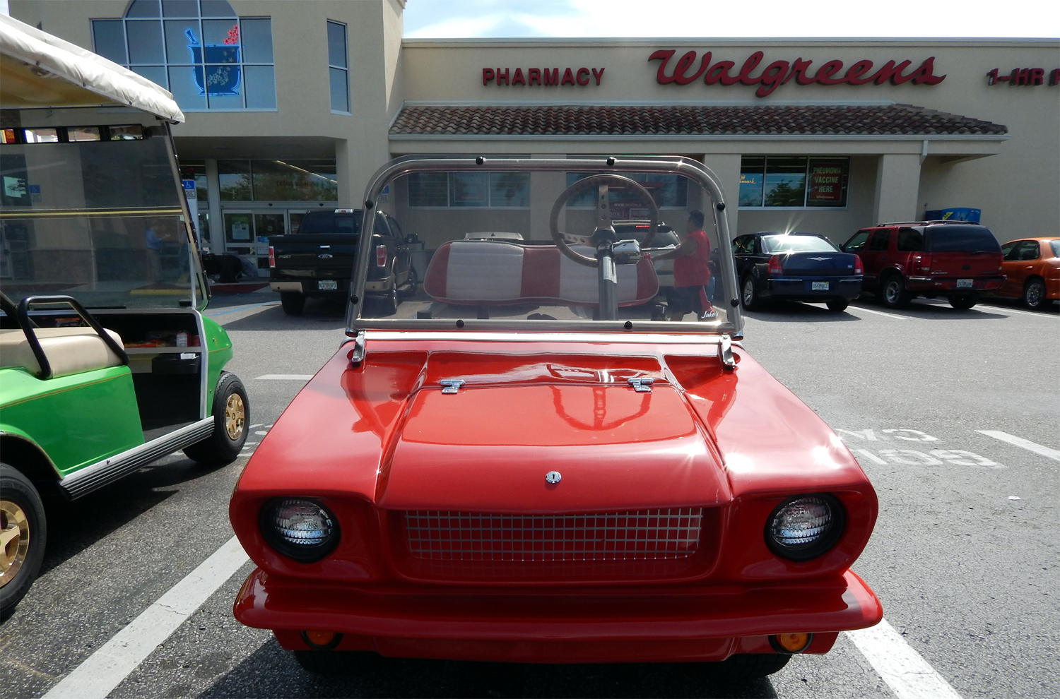 Classic Mustang parked at Walgreens N Pebble Beach Blvd, Sun City Center, Florida [photo by staff]