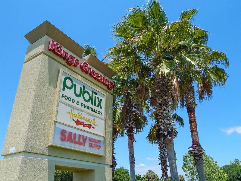 Sign Kings Crossing Shopping Center, Sun City Center, FL
