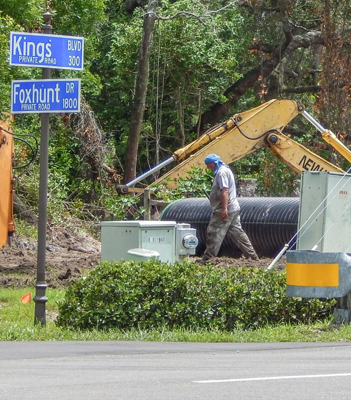 excavators at Kings Blvd and Foxhunt Drive, Kings Point