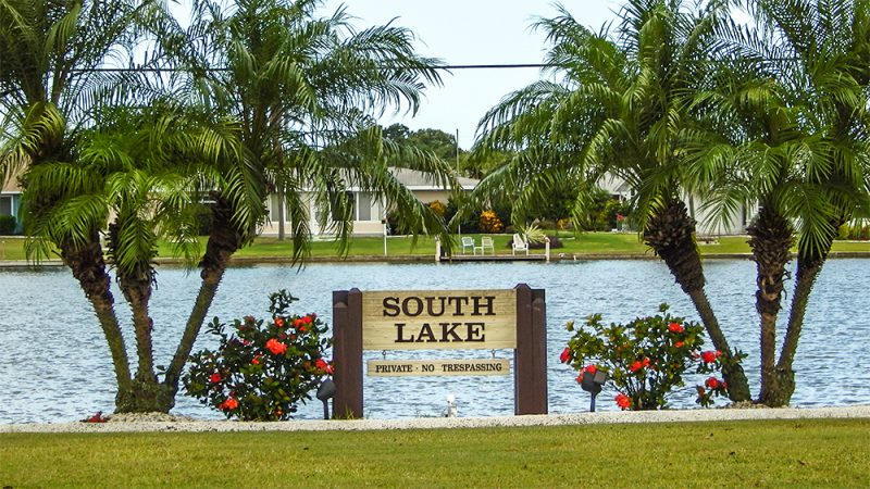 South Lake on Valley Forge is Private No Trespassing, Sun City Center, FL