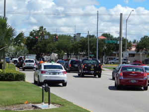 Sun City Center Security Patrol help stalled truck at SR 674 and N Pebble Beach