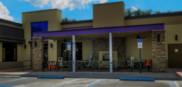 April 26, 2016 - Taco Bell outside dining area under construction in Sun City Center, FL/suncitycenterphotos.com