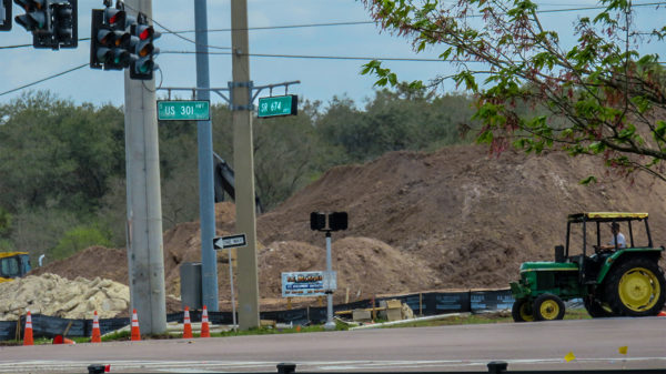 April 2016 - Construction of WAWA at Hwy 301 and Florida SR 674 in Wimauma Southshore, FL/photonews247.com